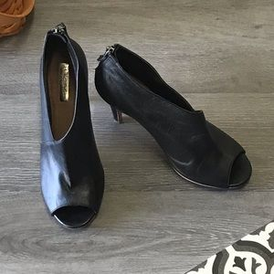 Halogen black peep toe bootie